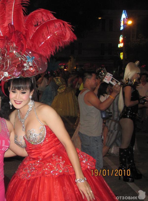 alkazar-shou-foto-transvestitov