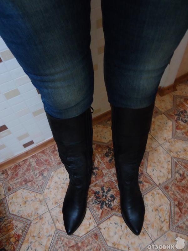 Фото женские попы в джинсах 24 фотография