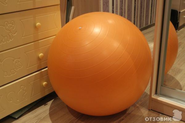 Отзыв о Гимнастический мяч-фитбол Torneo отличное приобретение