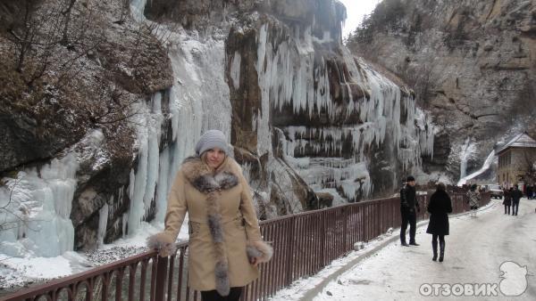 Картинки чегемские водопады зимой