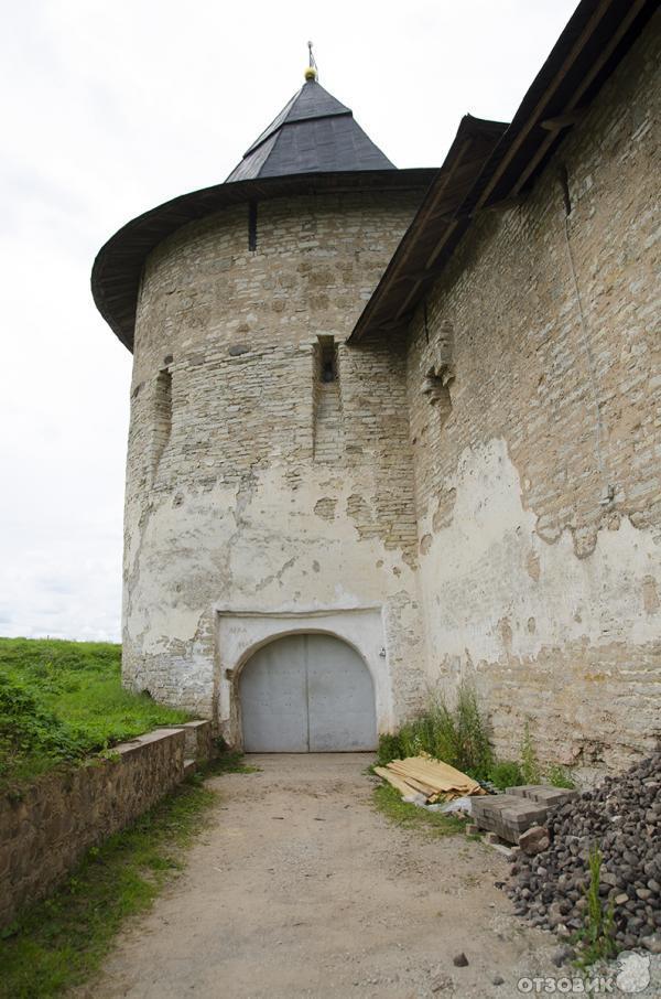 Свято-Успенский Псковско-Печерский монастырь