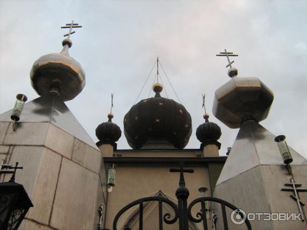 Храм Всех Крымских Святых и Феодора Стратилата (Украина, Алушта) фото