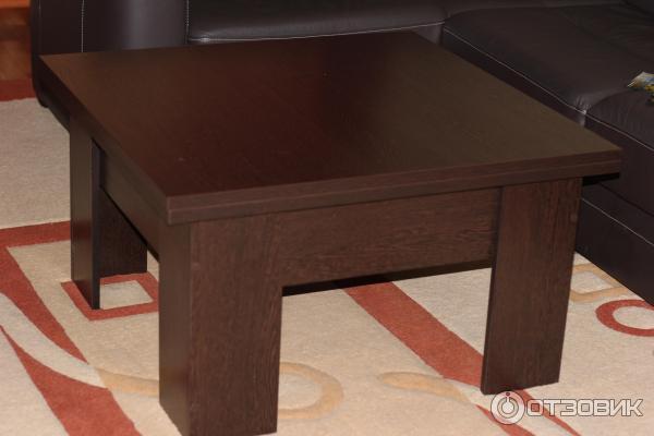 Журнальные столы в много мебели