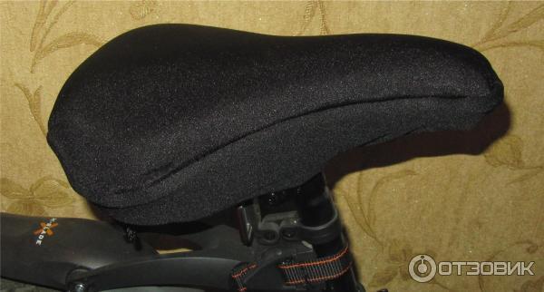Отзыв о Гелевый чехол на велосипедное седло Cyclotech Попе тоже должно быть удобно.