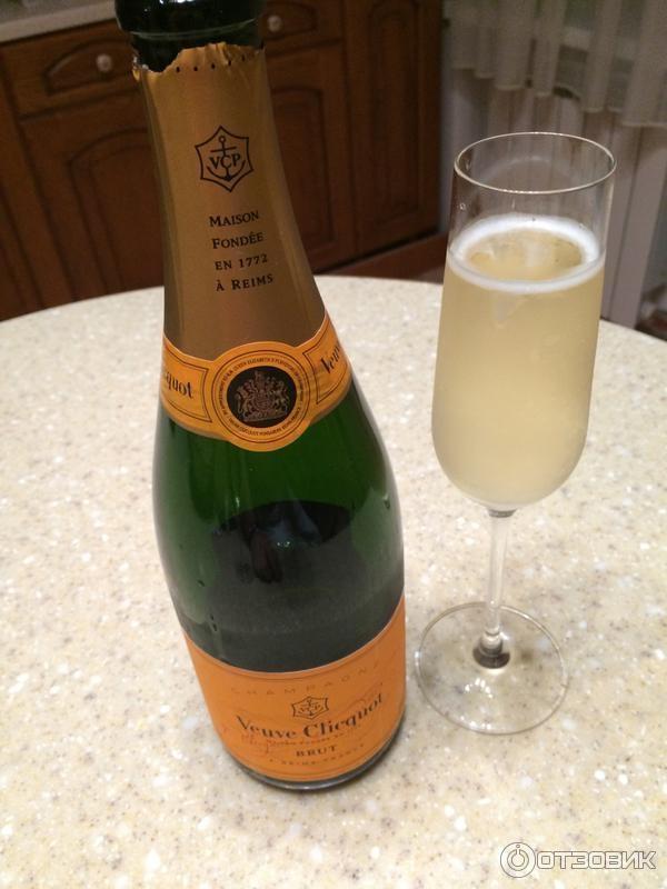 С чем пьют шампанское брют