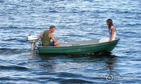лодка моторная буян