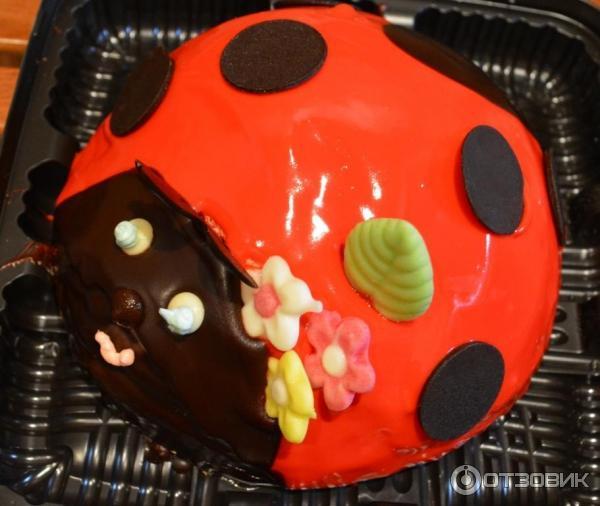 коровка божья Бисквитный торт