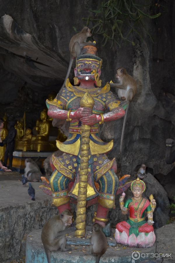 Храм суван куха обезьяний храм панг нга