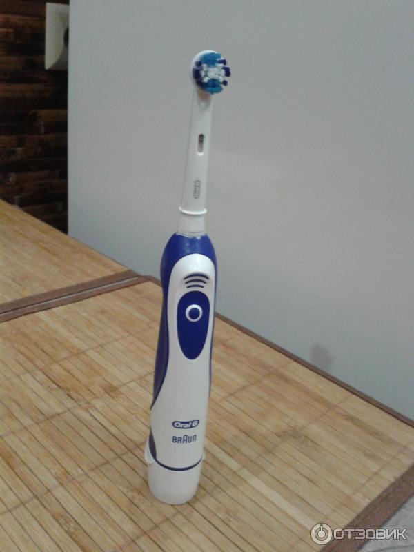 Зубная щетка oral b vitality 8 фотография