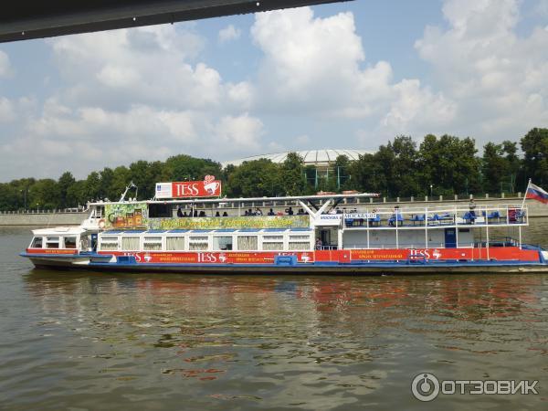 Экскурсия на теплоходе по реке
