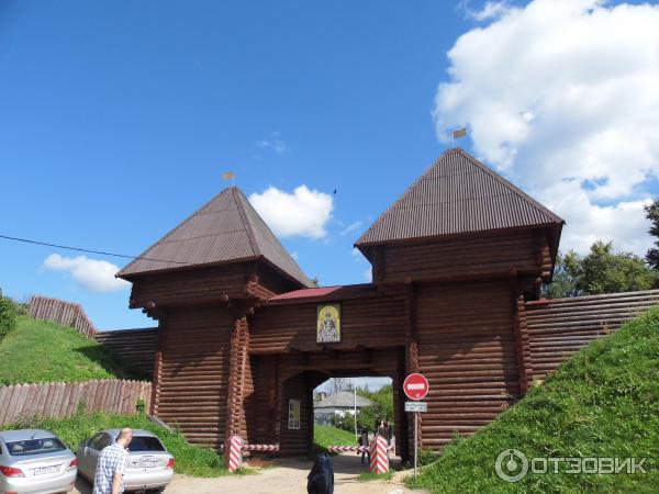 Экскурсия в Дмитровский кремль