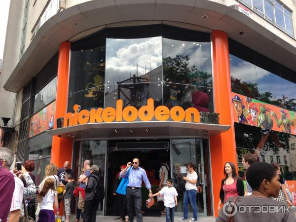 Магазин техники в лондоне