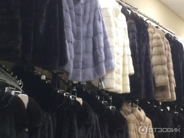 Плехановская,  сеть меховых салонов воронежа елена предлагает покупательницам на выбор огромное количество модных, стильных изделий и аксессуаров, выполненных ведущими отечественными и зарубежными производителями.