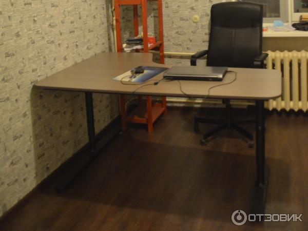 отзыв о угловой письменный стол Ikea бекант очень качественный