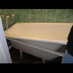 Акриловый вкладыш в ванную 2