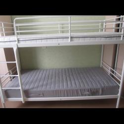 Двухъярусную кровать икеа тромсо