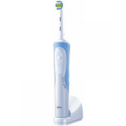 Детская электрическая зубная щетка орал би от 3 лет