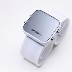 Отзывы о Зеркальные часы LED Watch