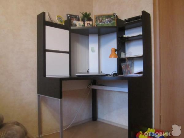 отзыв о письменный стол Ikea микке хороший вариант для небольших