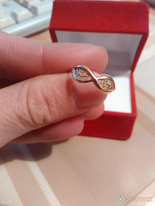 кольца женские фото в коробочки водоема