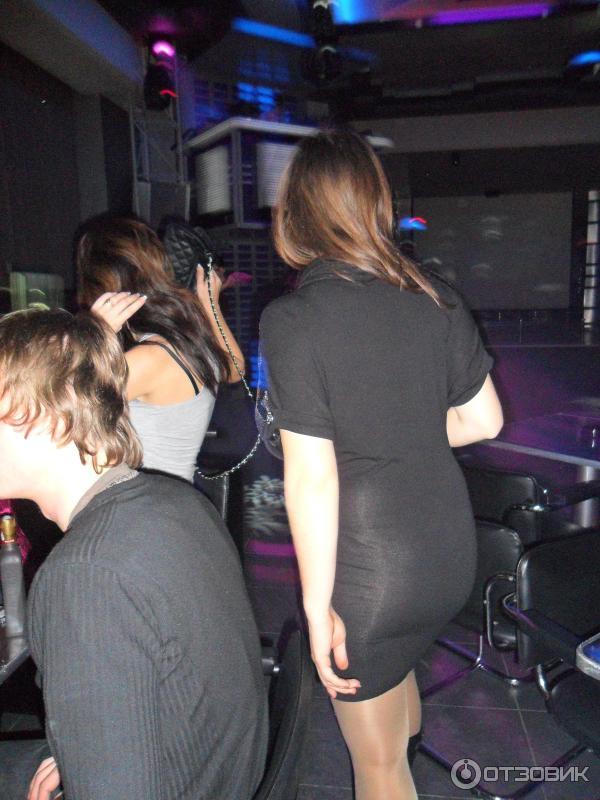 Официант в ночном клубе симферополь где находится ночной клуб москва