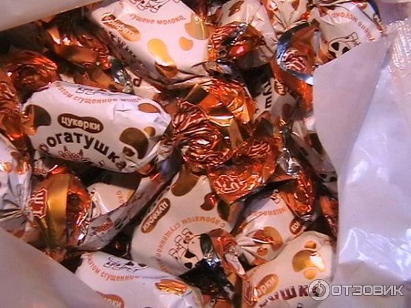 Фото конфет в фантиках и шоколада