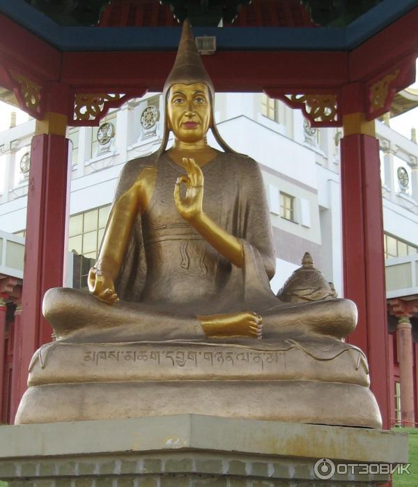 фото памятник будды элиста