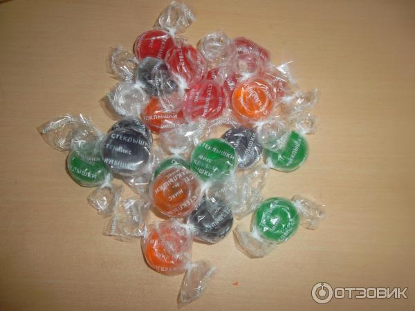 конфеты стекляшки фото фонарем или