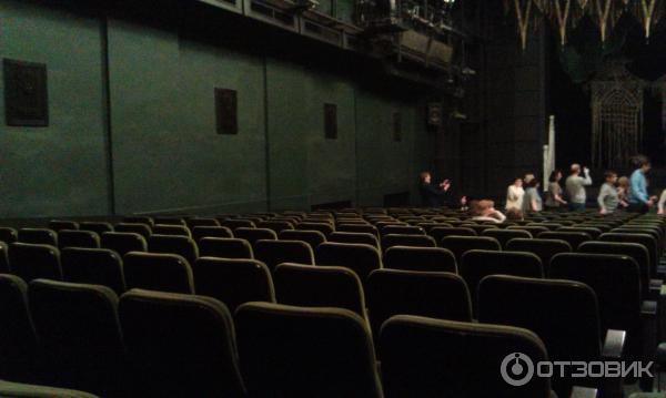хотя один театр ленком фото зала показывают, что