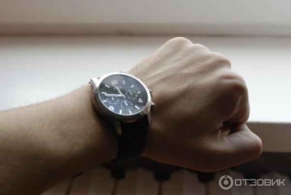 Часы guess мужские фото на руке
