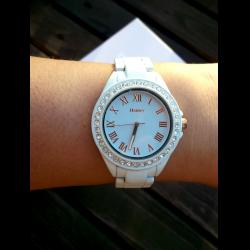 Henley стоимость часы женские крана час стоимость аренды башенного